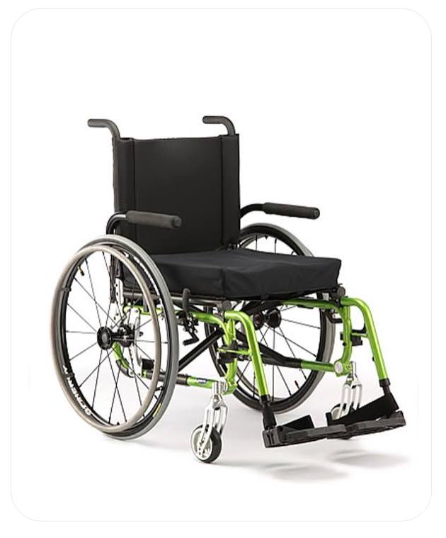 Manual Wheelchair (MW 6)